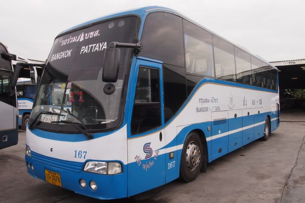 Banguecoque to Pattaya - Economy Bus by Roong Reuang Coach_0