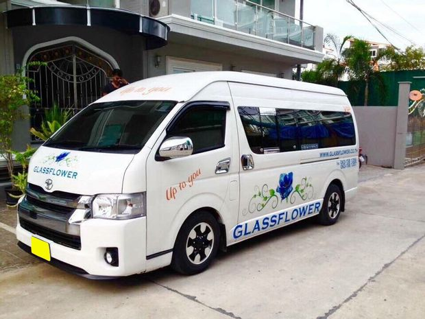Hua Hin to Banguecoque - VIP Minivan - 9 PAX by Glassflower_0